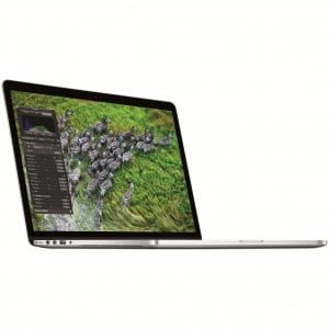 Laptop MacBook Pro 15 Retina cu procesor Intel® Quad Core™ i7 2.20GHz
