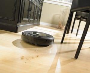 Curatare podele robot de aspirare iRobot Roomba 631