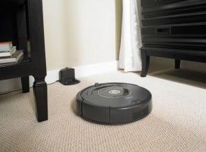 Reincarcare automata Robot de aspirare iRobot Roomba 631